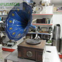 grammophone antique 1 200x200 - Γραμμόφωνο Αντίκα