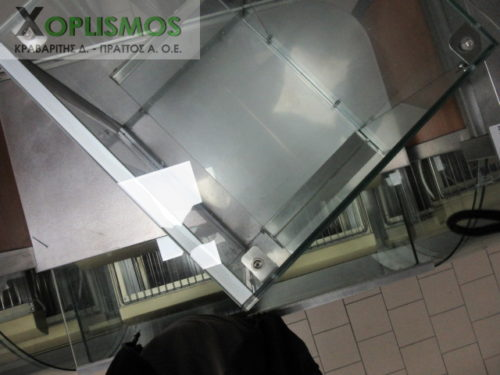vitrina oudeteri epitrapezia gyalini 3 500x375 - Επιτραπέζια Γυάλινη Βιτρίνα Ουδέτερη