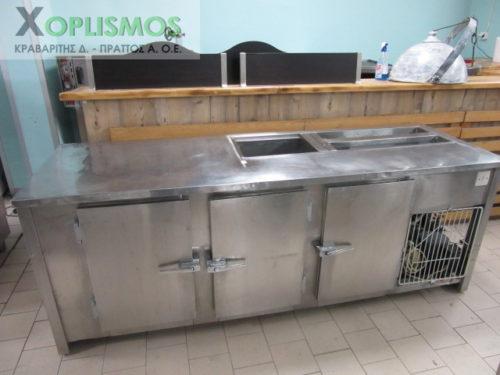 psygeio salaton me pagko 2 500x375 - Ψυγείο σαλατών με πάγκο 230cm