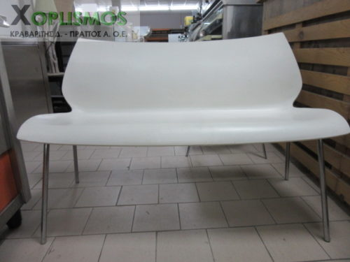 kanapes diplos aspros plastikos me inox skeleto 2 500x375 - Άσπρος καναπές διπλός