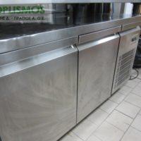 pagkos psygeio inox 1 200x200 - Πάγκος ψυγείο 1,5μ
