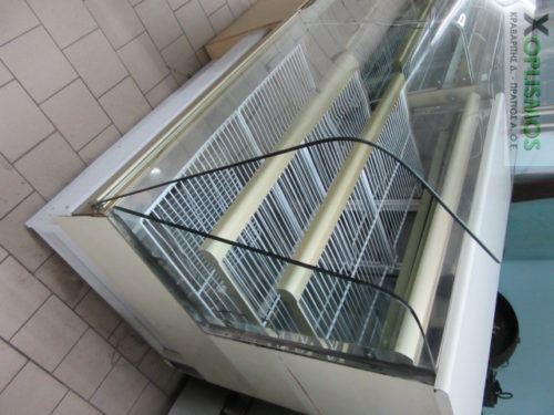 psygeio kourmparisti vitrina 2 500x375 - Ψυγείο βιτρίνα κουρμπαριστή